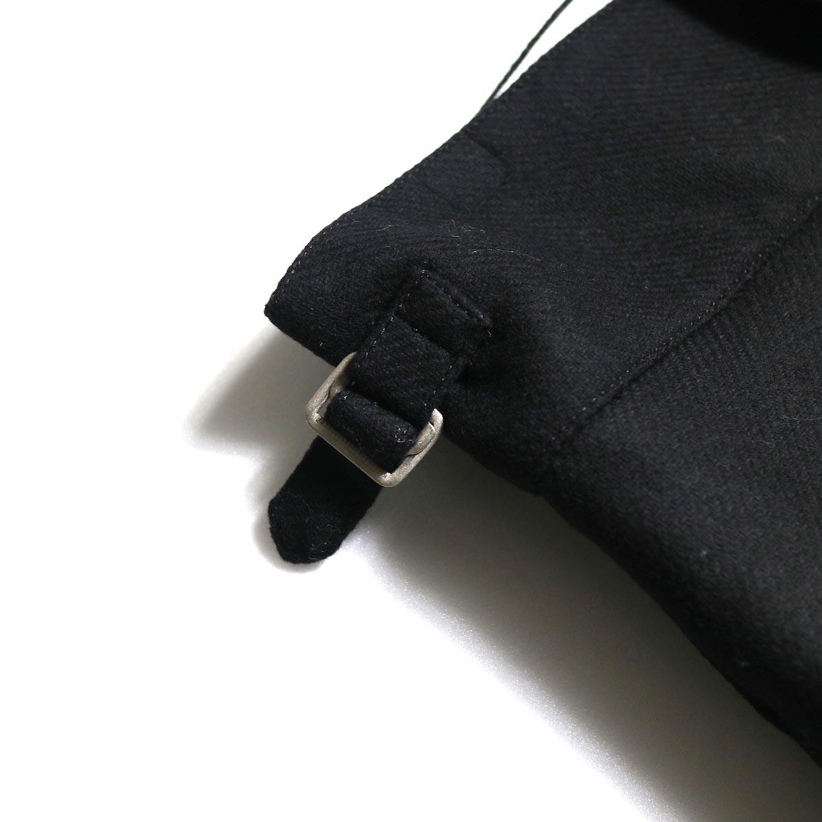 YLEVE / Monotone Tweed Coat 前開き